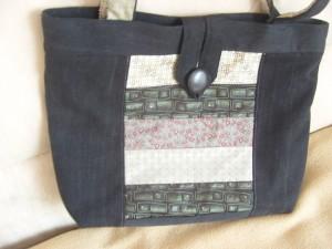 Tasche aus alten Jean und Kravatten